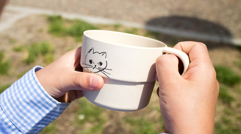 猫とネズミのマグカップ